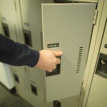 lockers-2 450x450
